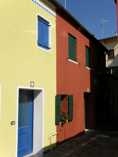 Színes házak Caorléban