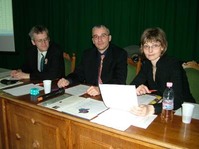 A zsűri (balról jobbra): Kiss Sándor, Vajda Csaba és Détáriné Szabó Anikó