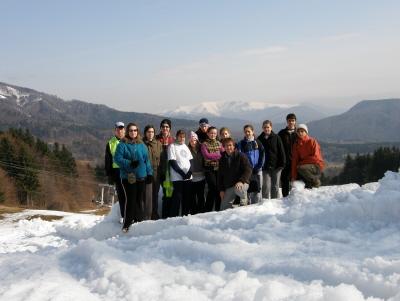 Hátunk mögött az Alacsony-Tátra, lábunk alatt hó és hó...