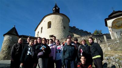 A vár kapujában